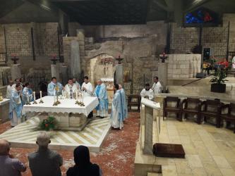 Nazareth (40 minutes de l'Oasis) : Grotte de l'Annonciation '' Verbum caro factum est''