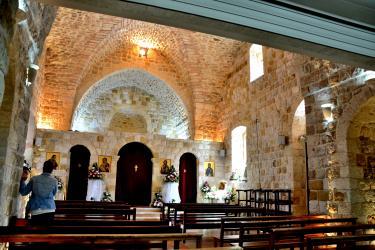 Deir Hanna (25 minutes de l'Oasis) : l'Eglise Catholique de rite Melkite