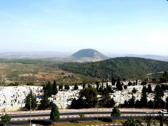Mont Tabor vu depuis Nazareth (40 minutes de l'Oasis)